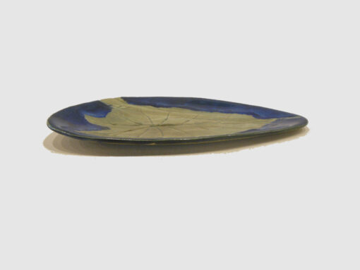 Oilve Green and blue tray with leaf by Nellie Ralat side